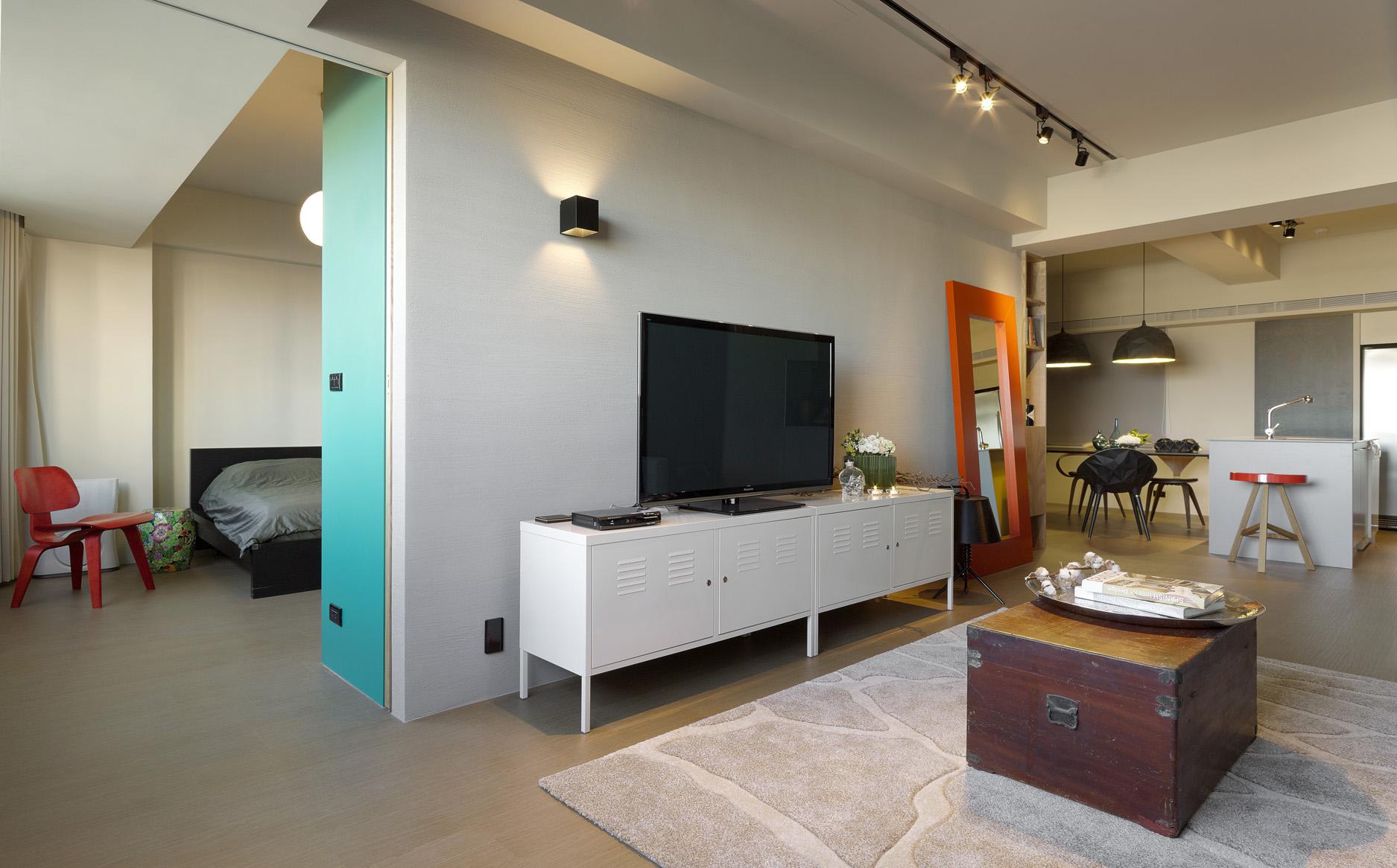 Совмещенная гостиная и спальня с гипсокартонной перегородкой