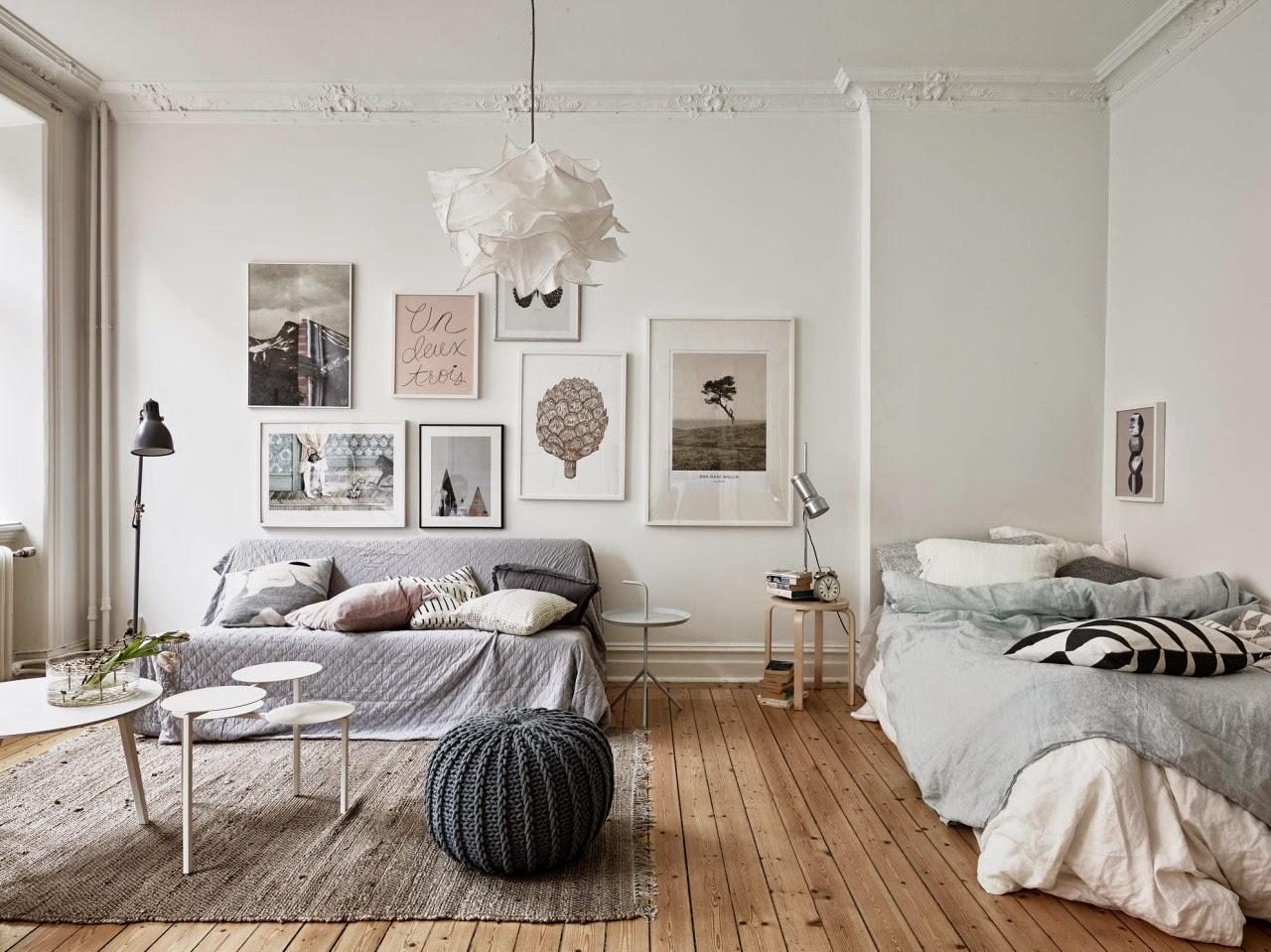 Интерьер совмещенной гостиной и спальни