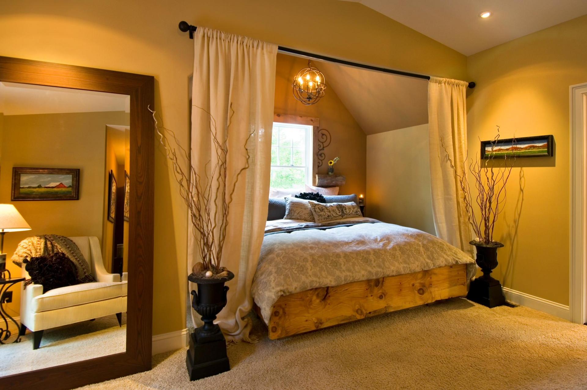 Гостиная спальня в стиле кантри