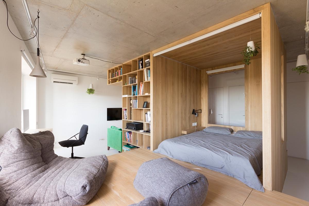 Совмещенная гостиная и спальня с перегородкой