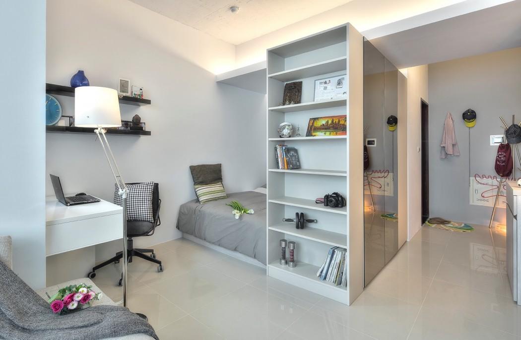 Совмещенная гостиная и спальня серая
