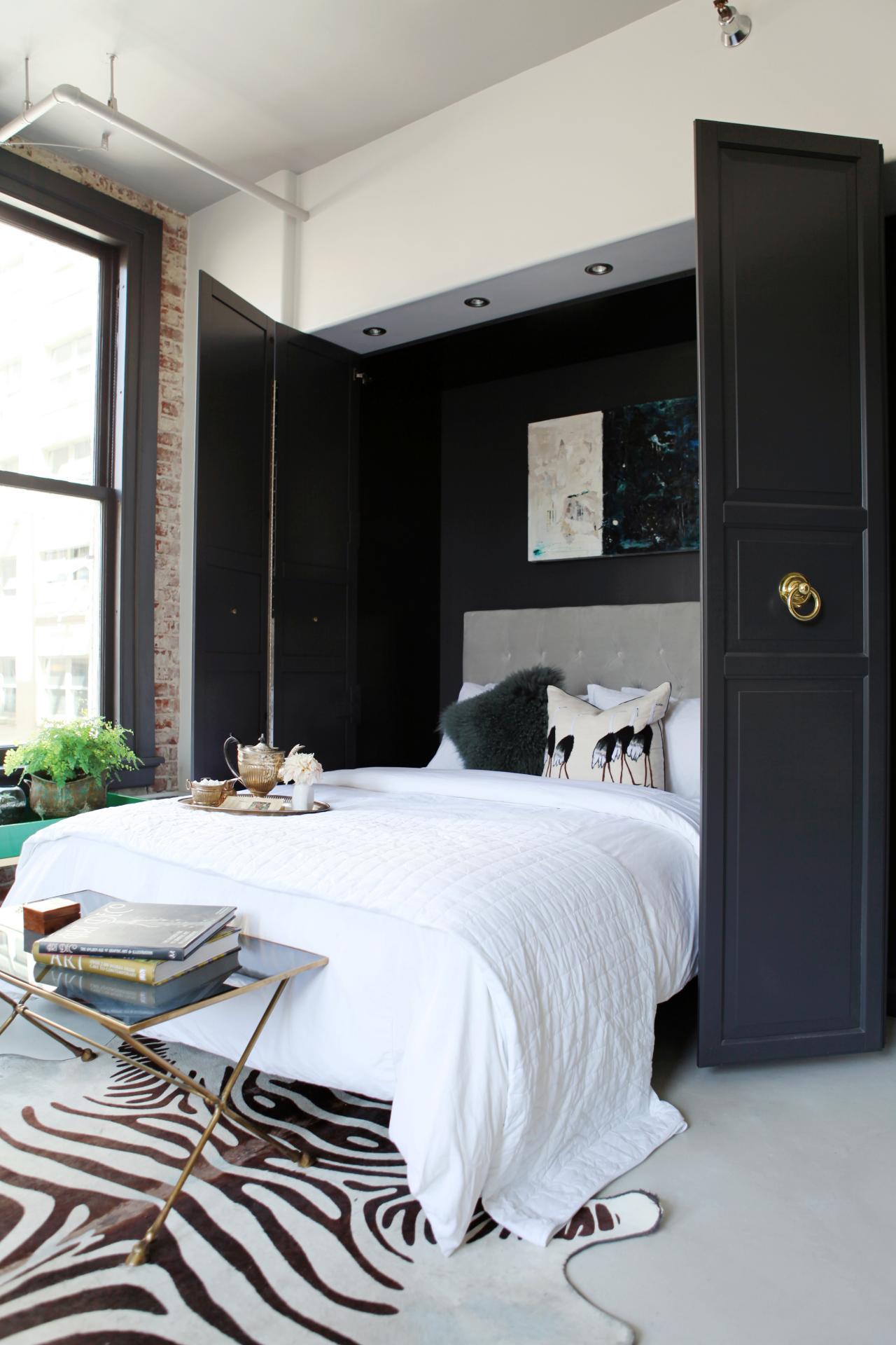 Гостиная спальня с выдвижной кроватью