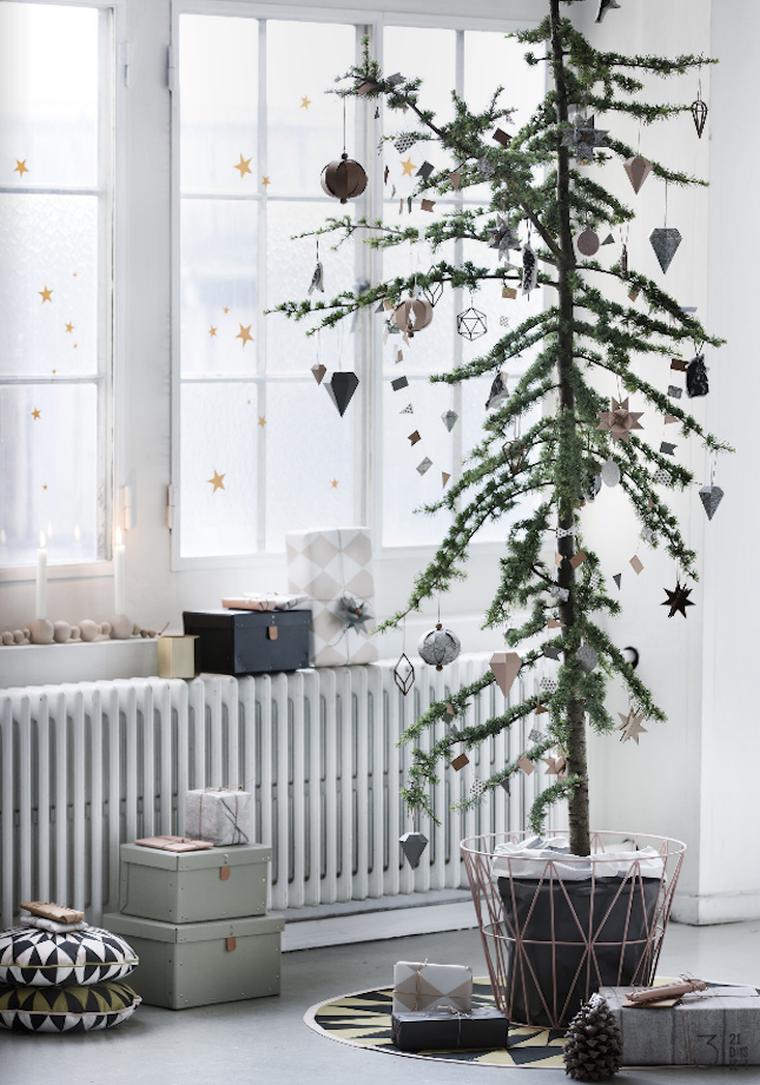 Декор однокомнатной квартиры к новому году бумагой