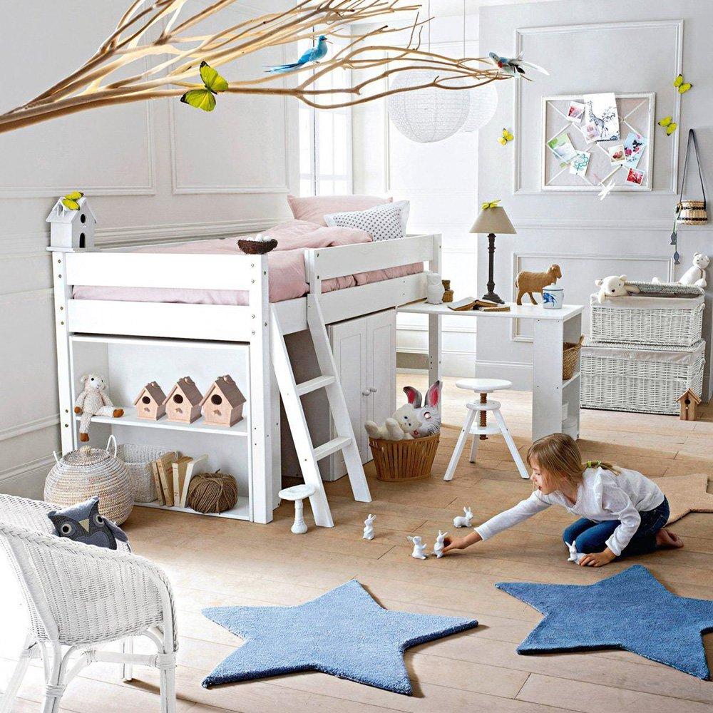 Детская зона для новорожденного декор