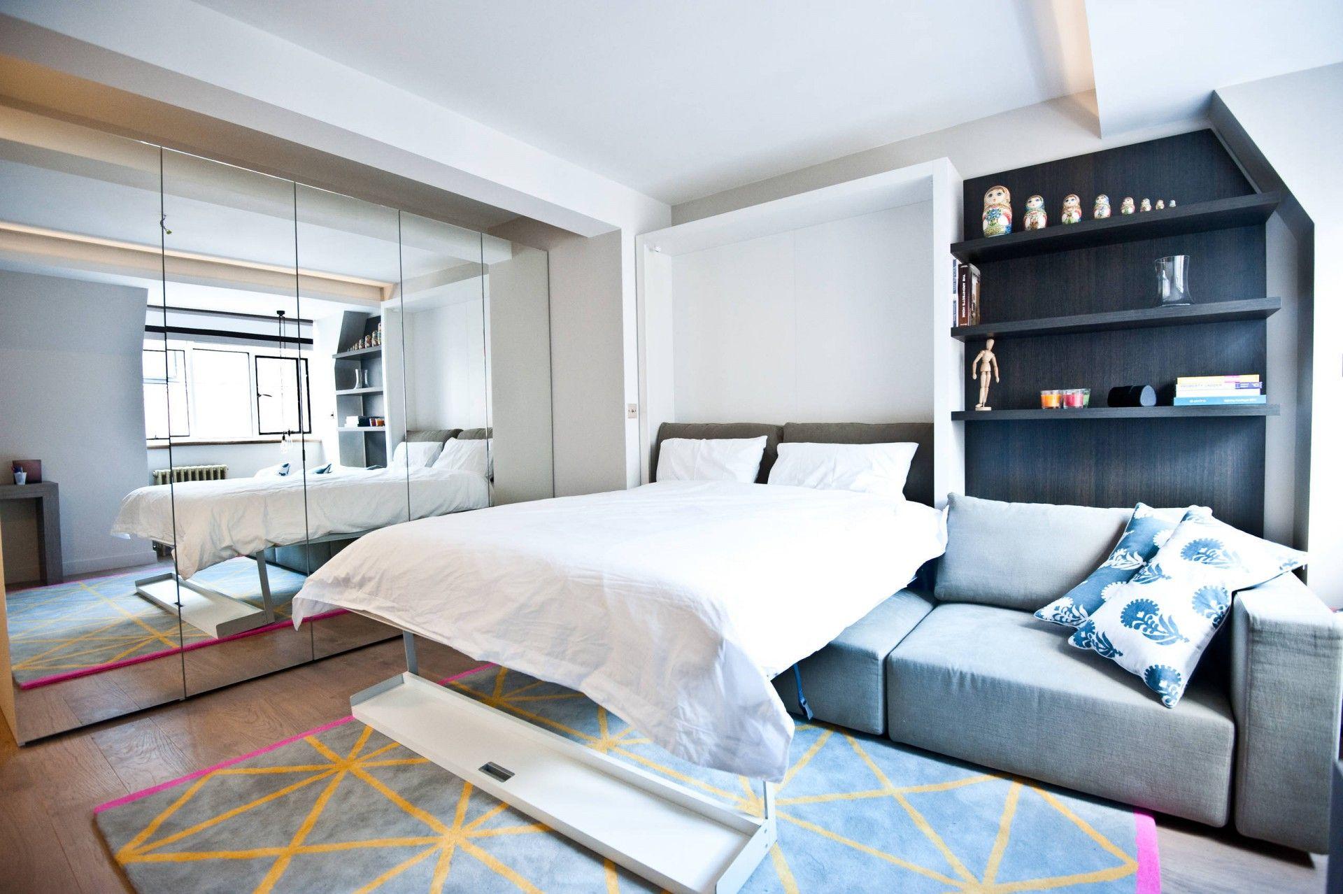 Гостиная с кроватью трансформером