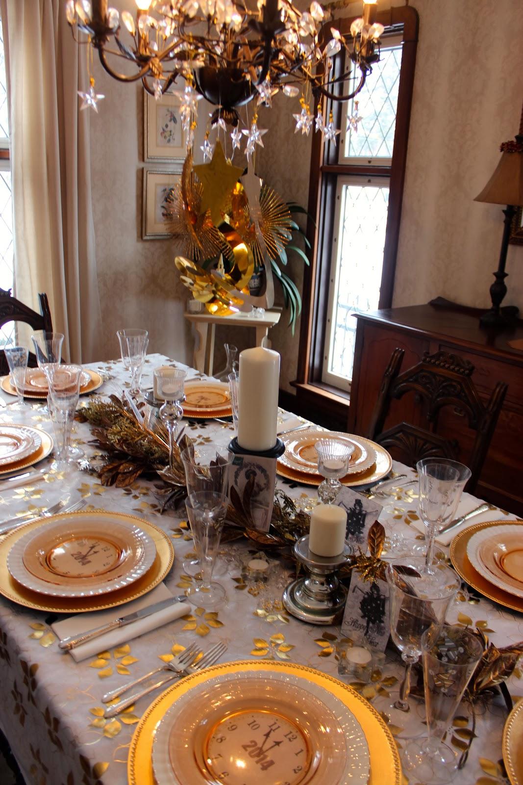 Декор люстры к новому году