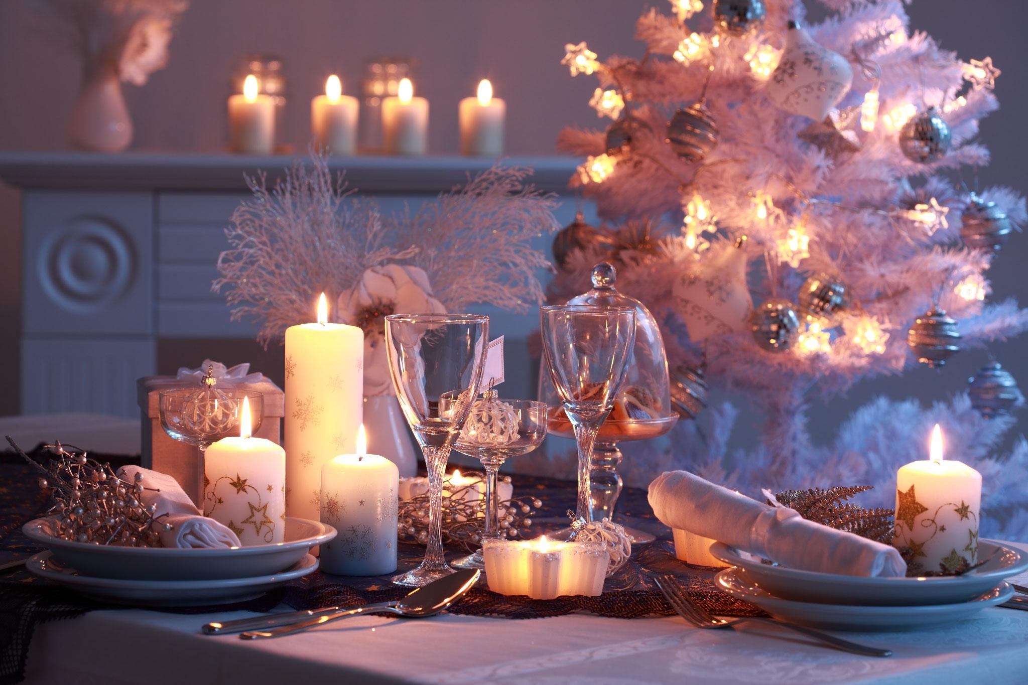 Новогодний декор квартиры свечами
