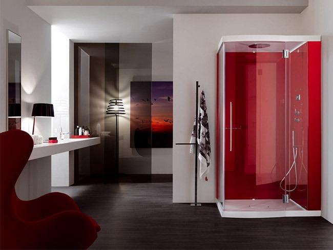 Красные оттенки в ванной комнате