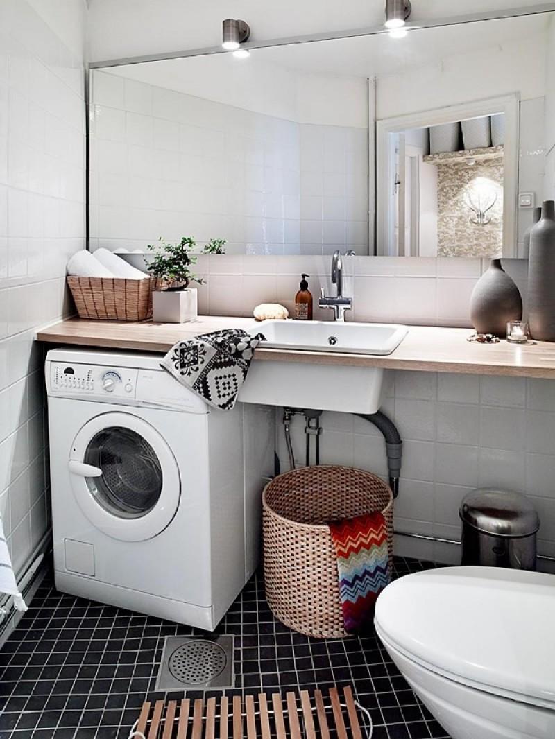 Стиральная машина в ванной комнате в стиле лофт