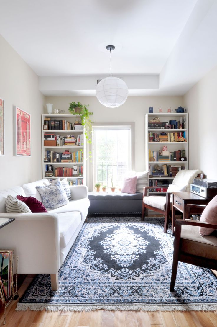 Обстановка однокомнатной квартиры узкой