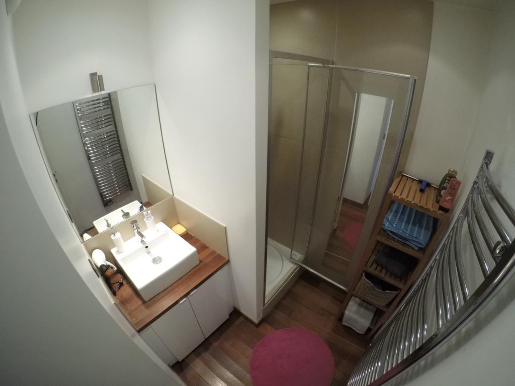 Обстановка ванной однокомнатной квартиры