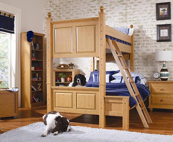 Двух этажная кровать