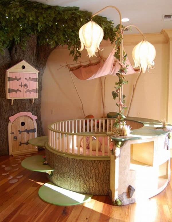 Детская для девочки с деревом