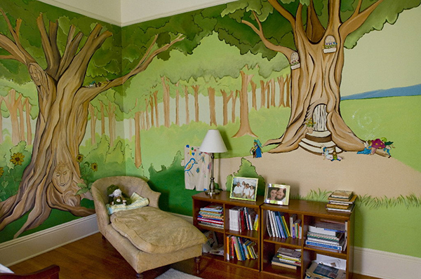 Детская с обоями дерева