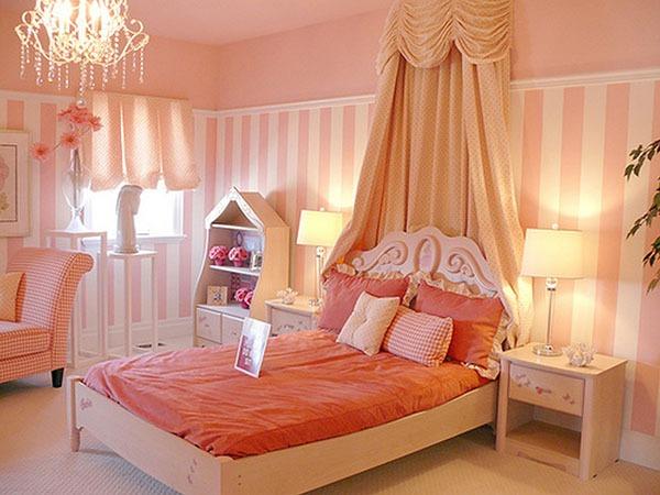 Детская для девочки с большой кроватью