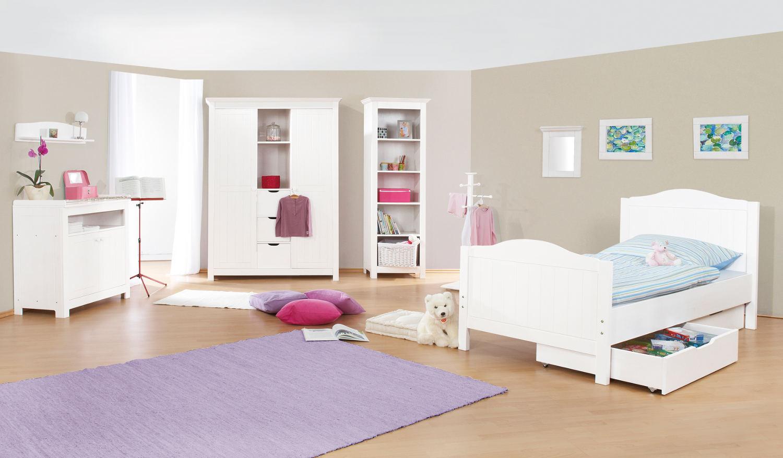 Эконом дизайн детской комнаты бежевой
