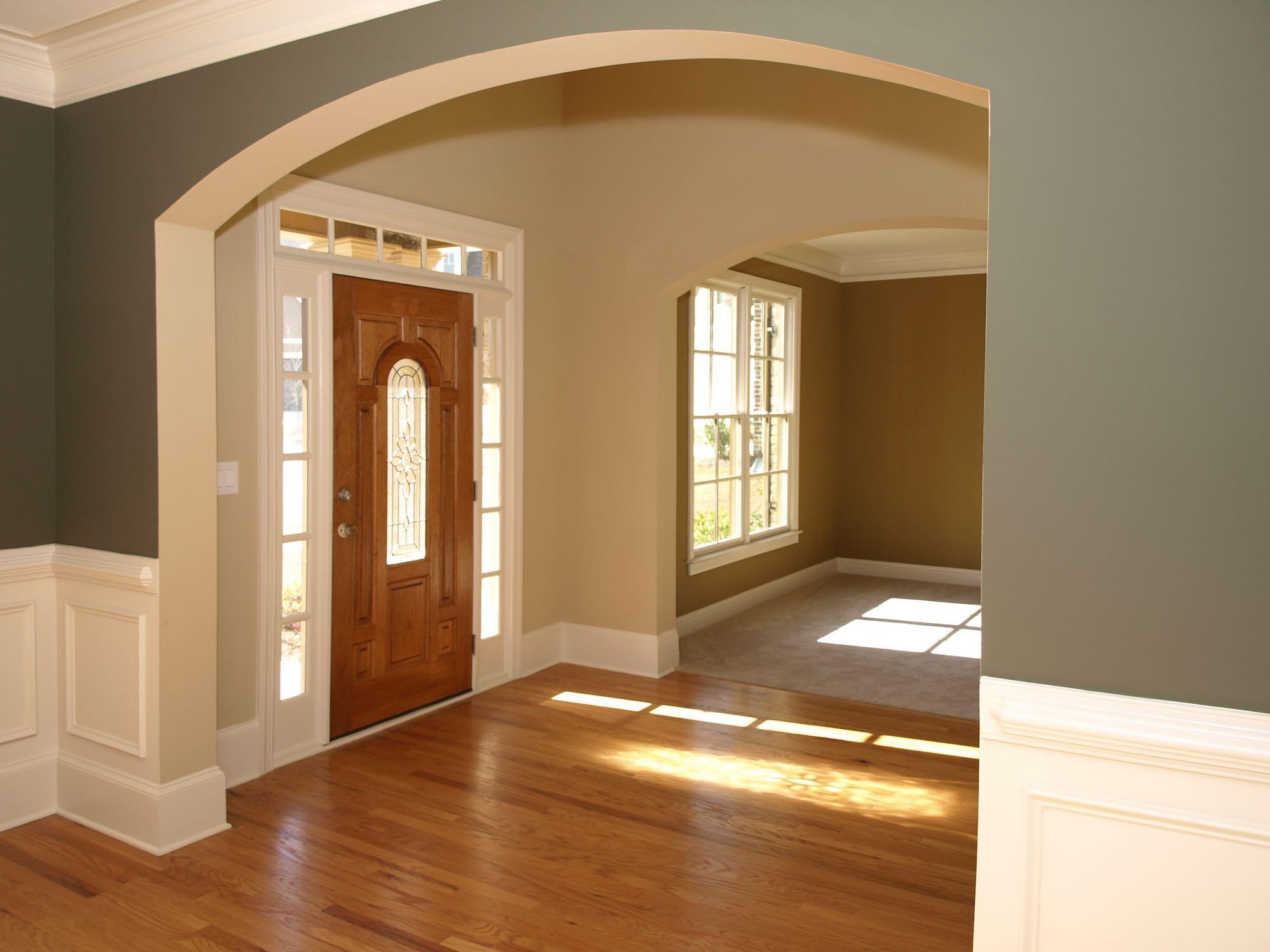 Дизайн коридора с аркой большой