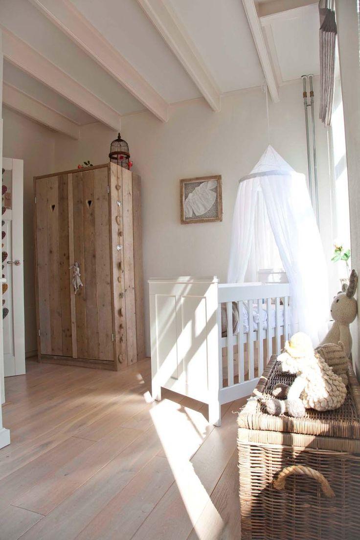 Эконом дизайн детской комнаты во французском стиле