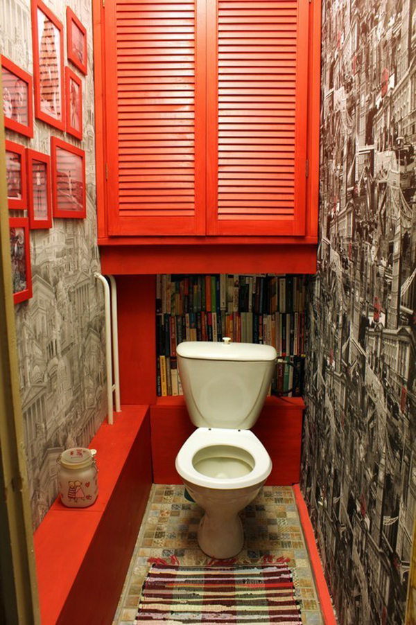 Красный туалет