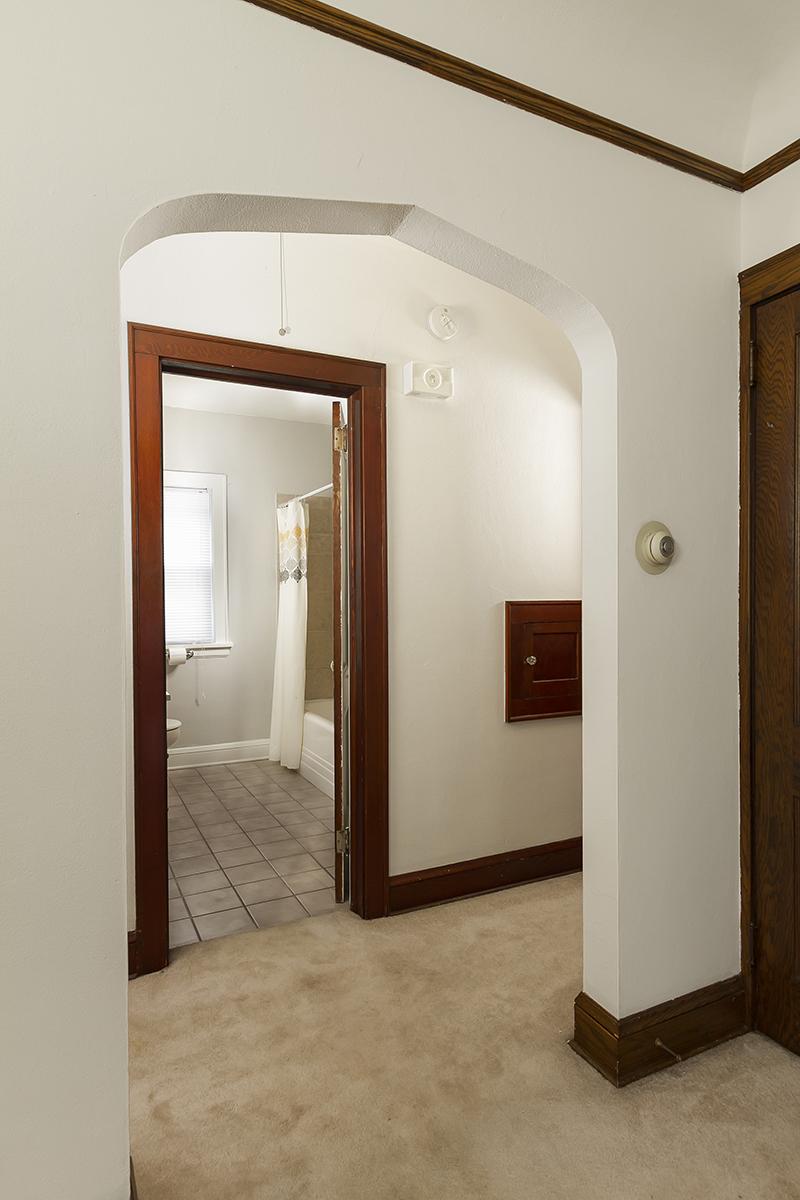 Дизайн коридора с аркой необычной