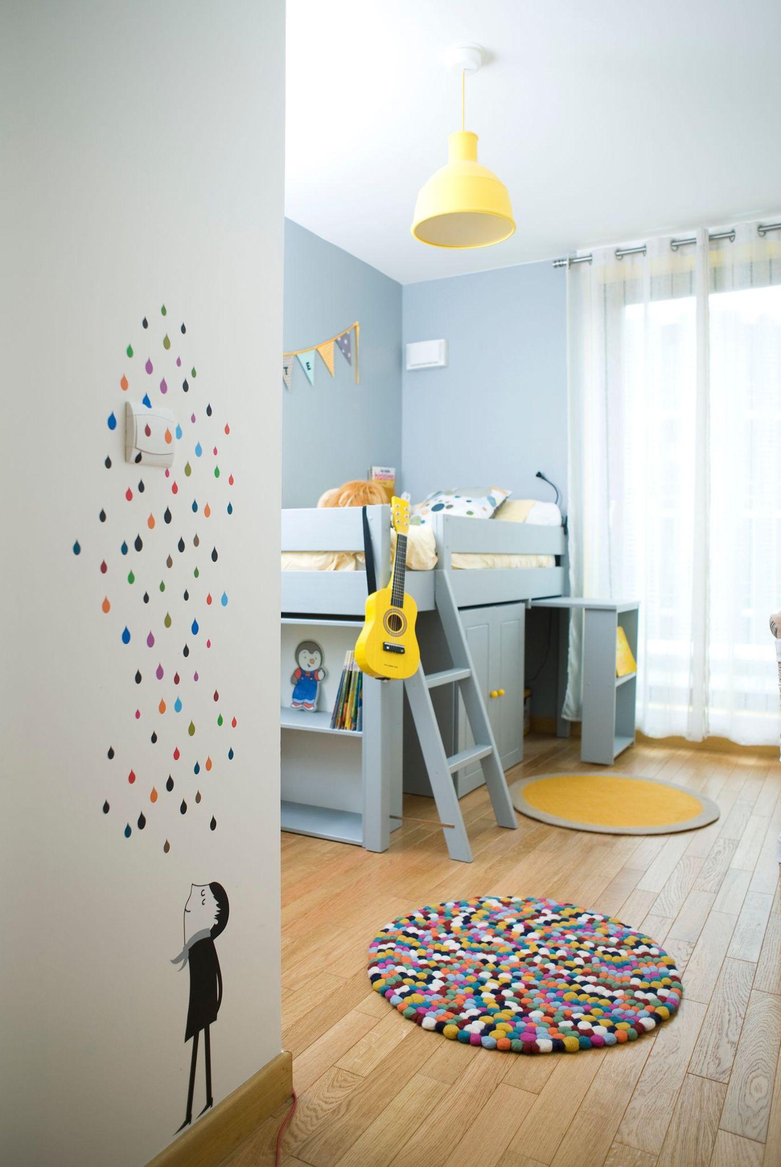 Эконом дизайн детской комнаты с рисунком
