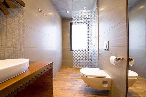 Туалет большой