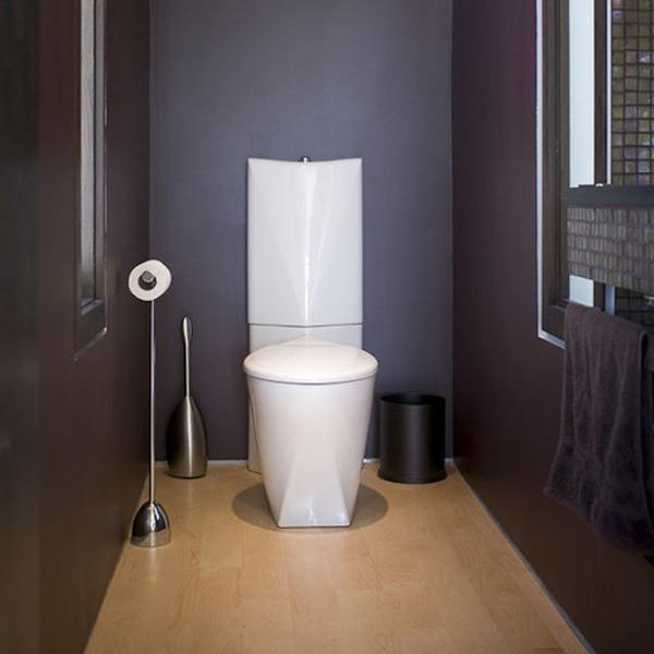 Туалет фиолетовый