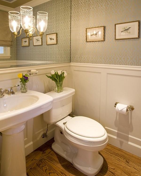Туалет с цветами