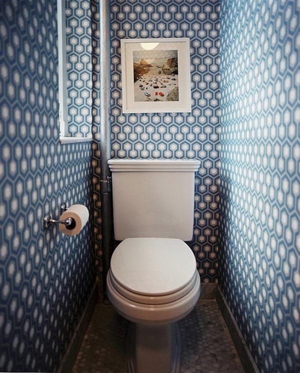 Туалет синий