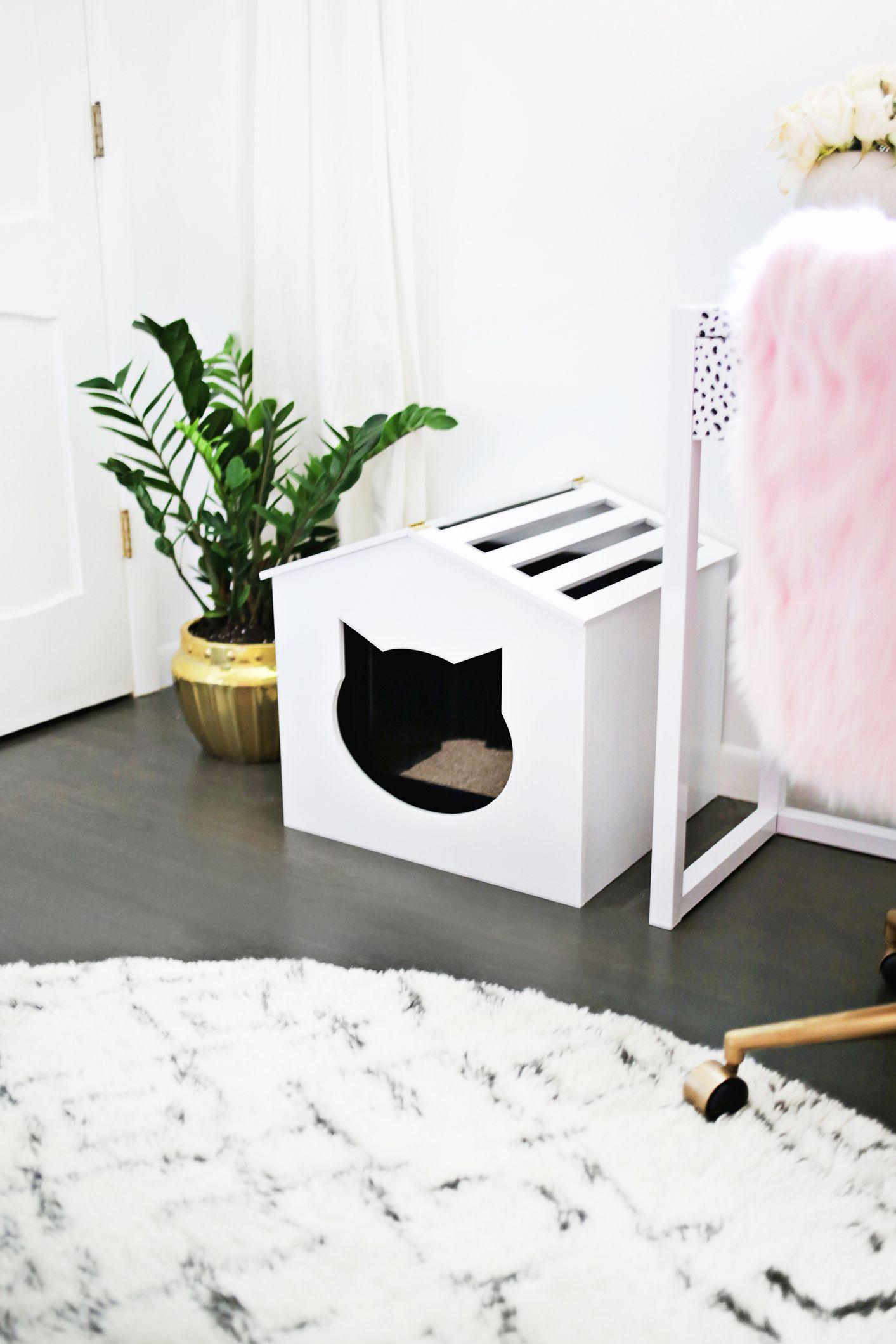Оформление коридора с домиком для кошки