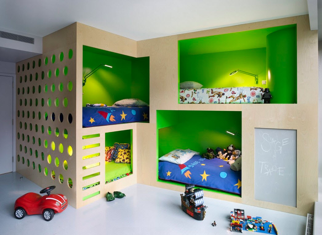 Дизайн детской для троих детей из фанеры