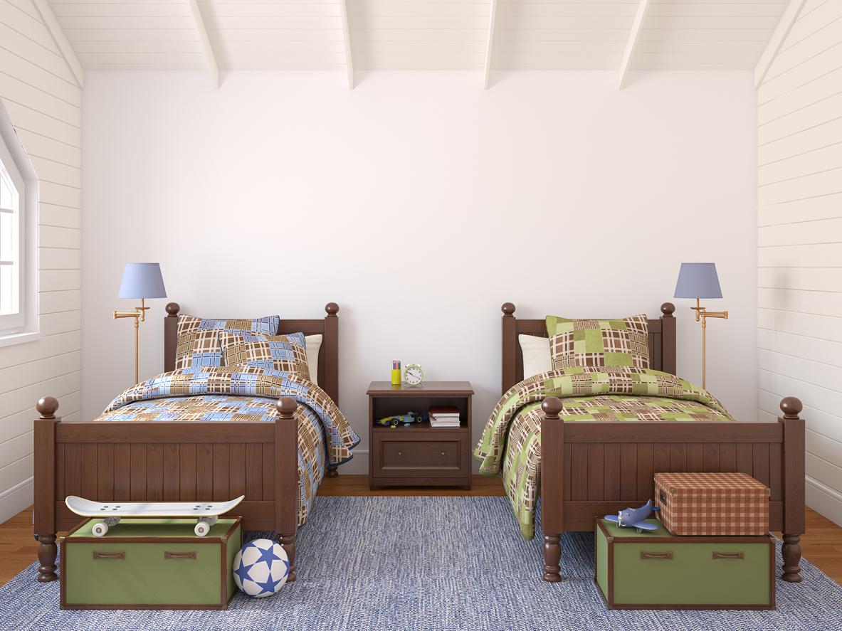 Дизайн детской комнаты для двух мальчиков на мансарде