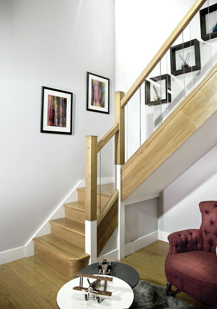 Дизайн коридора с лестницей маршевой
