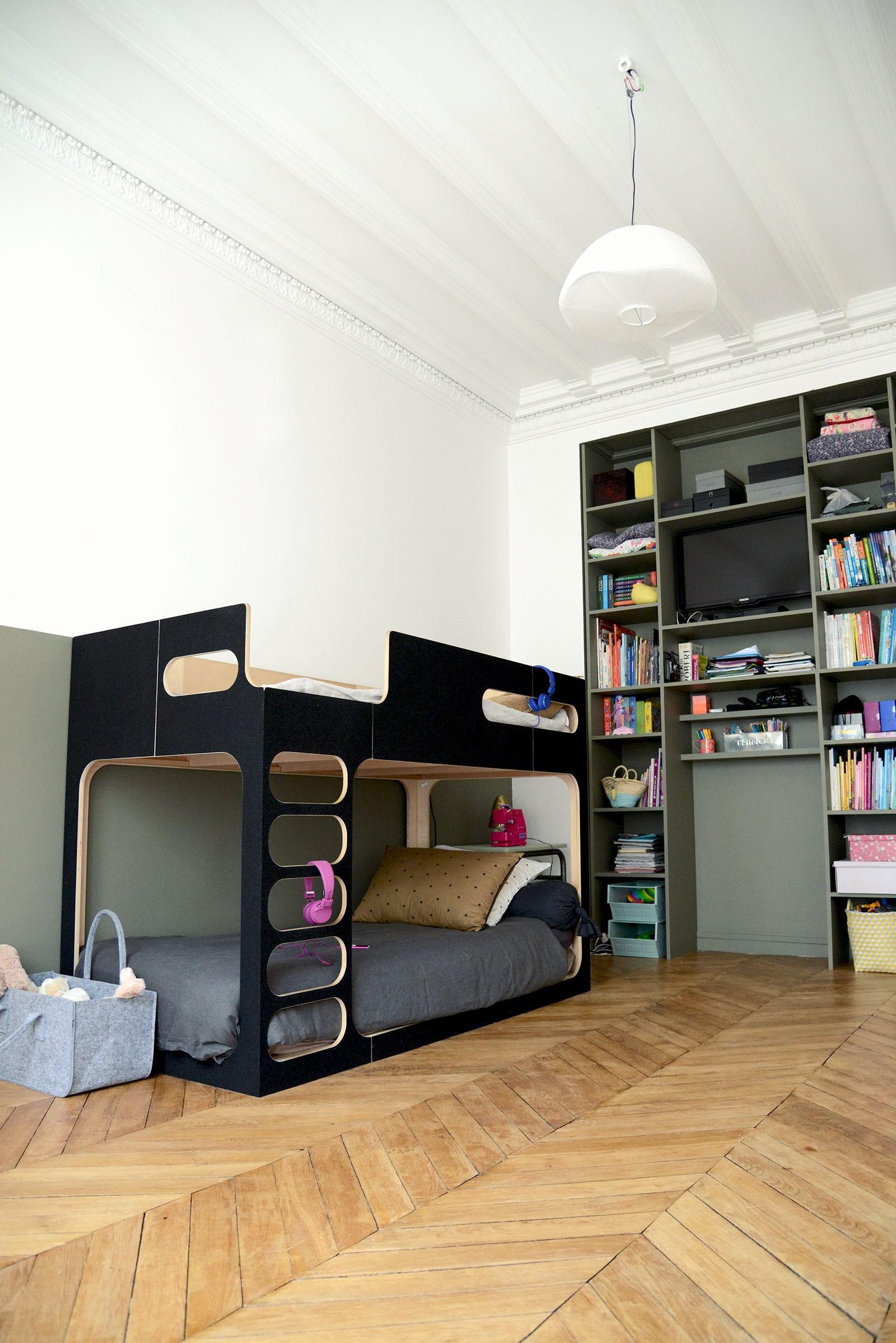 Дизайн детской комнаты для двух мальчиков в стиле модерн