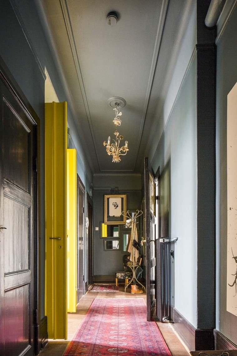 Оформление коридора в стиле модерн