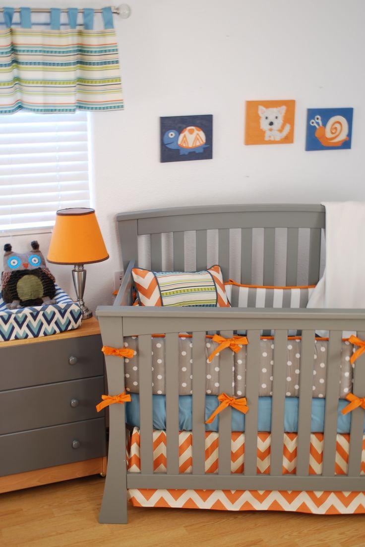 Декор детской кроватки в оранжевом цвете