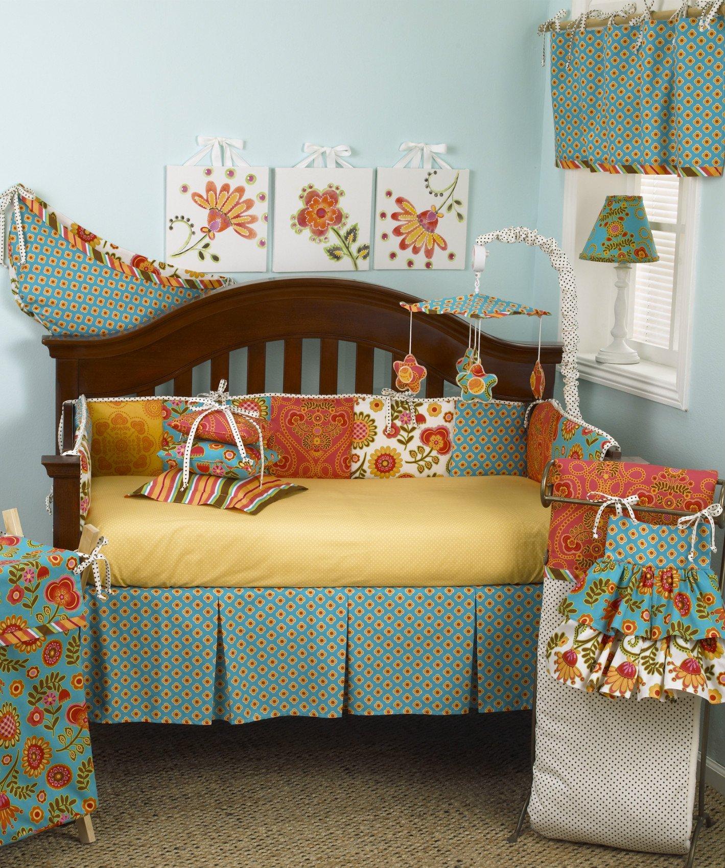 Декор детской кроватки пэчворк