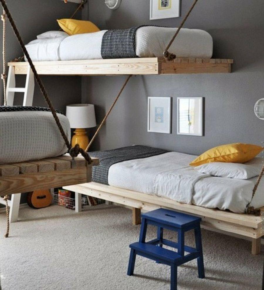 Детская для троих с подвесной кроватью