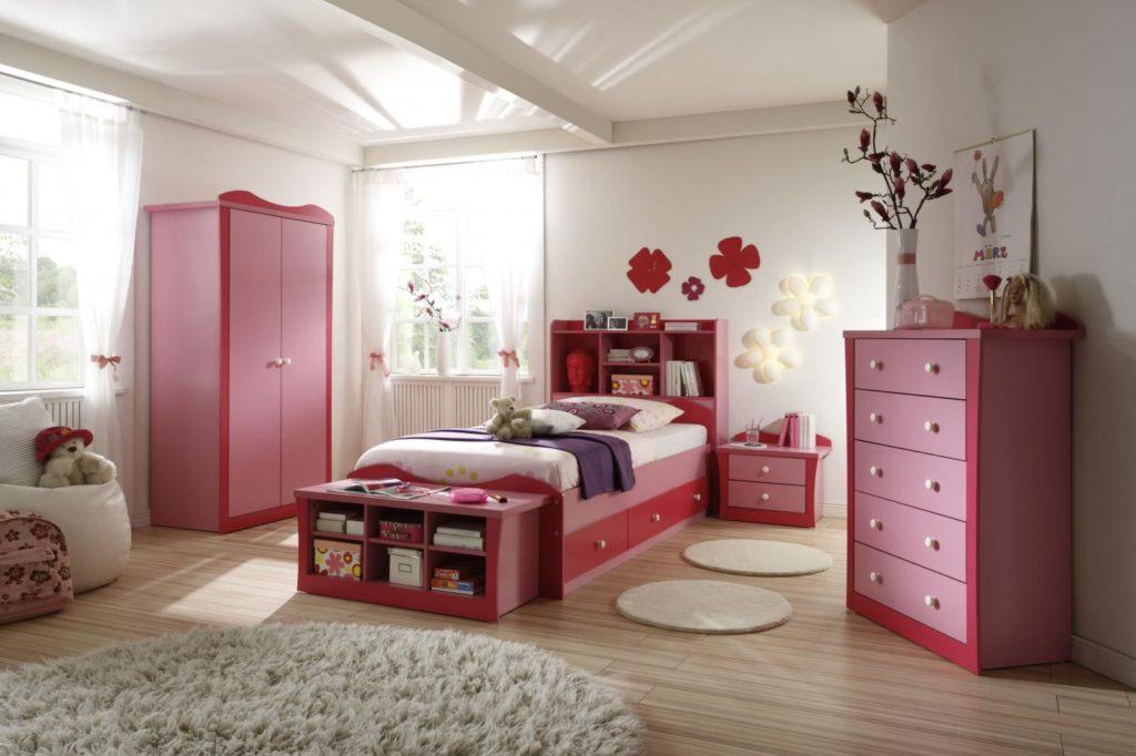 Ремонт эконом-класса детской комнаты для девочек