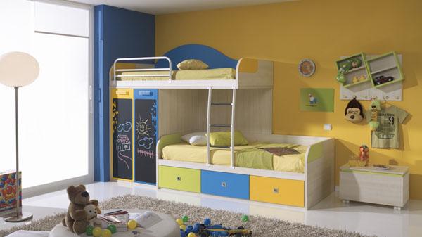 Интерьер в комнате для двоих девочек