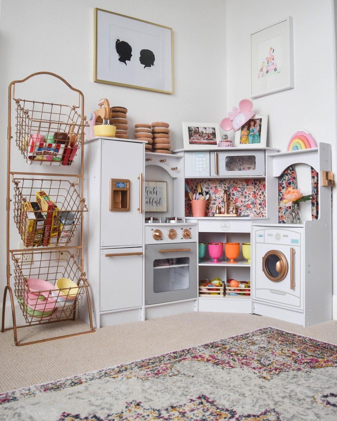 Детская комната в хрущевке для сестер