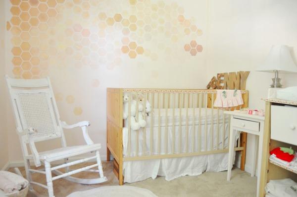 Дизайн интерьера в узкой детской