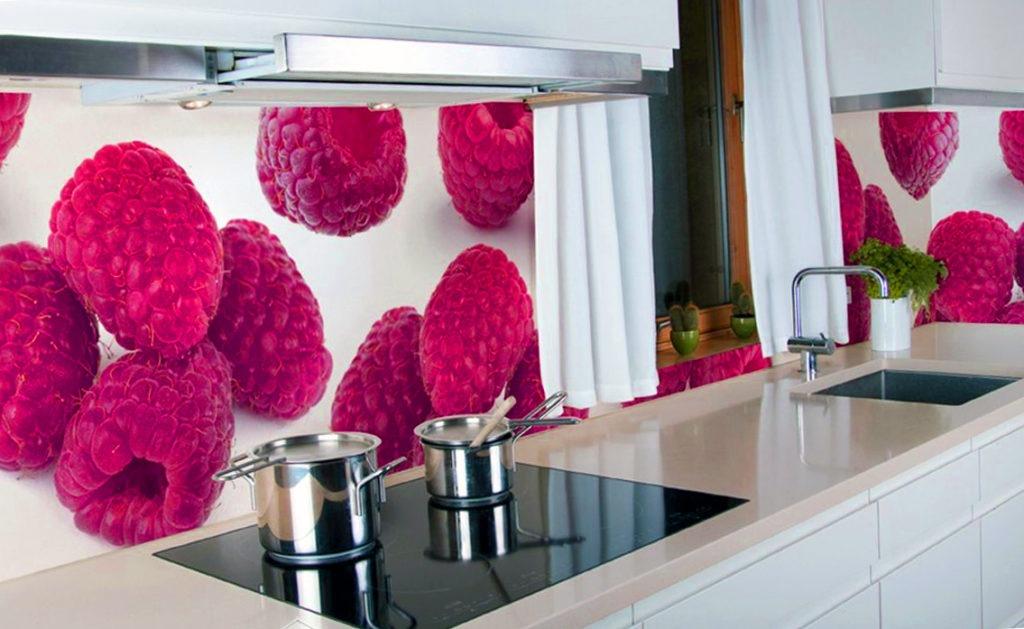 3d фартук с изображением малины на кухне