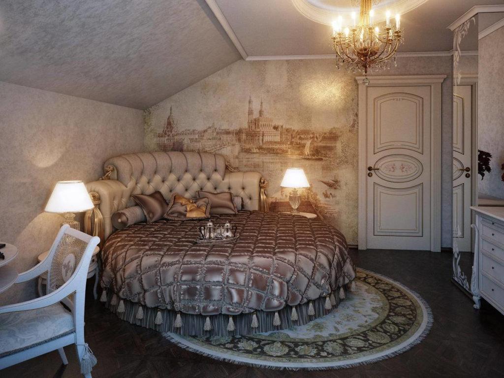 Классическая небольшая спальня в мансарде с круглой кроватью