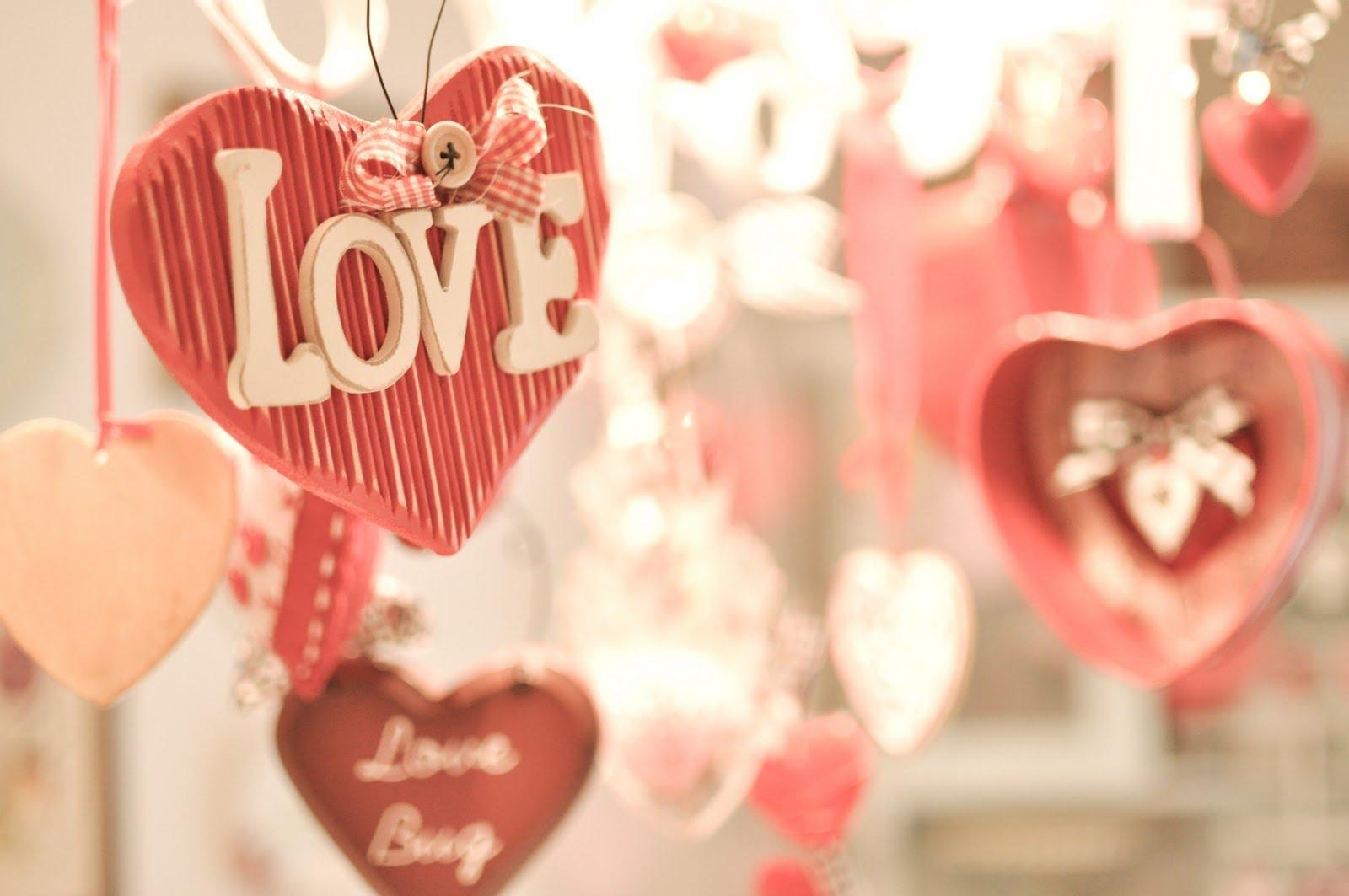 Романтический декор из дерева