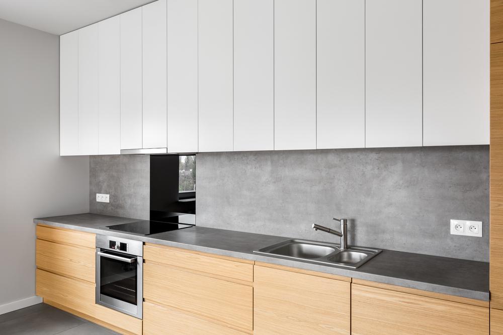 Серые стены на кухне