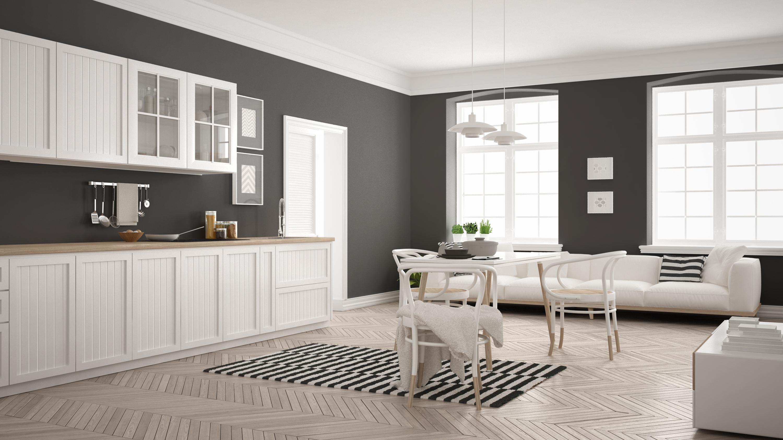 Серые стены и белая мебель