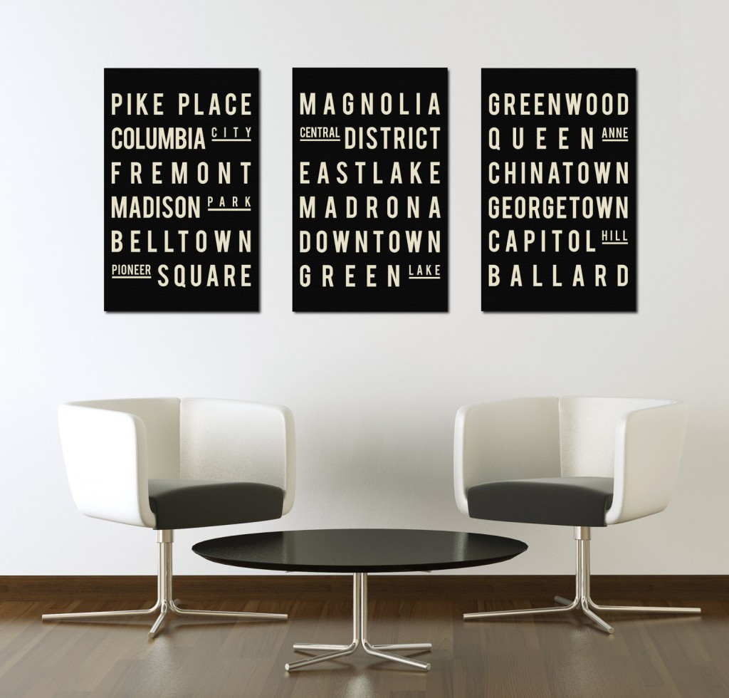 Три постера с текстом в черно-белом просторном интерьере