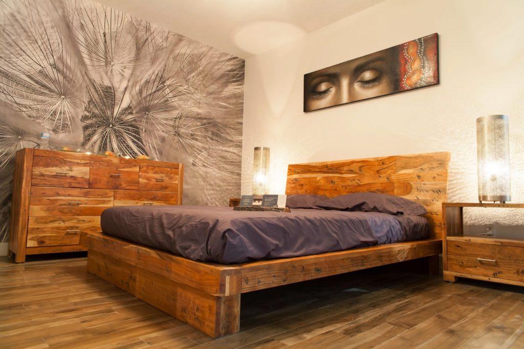 Выделение стены с помощью фотообоев в спальне