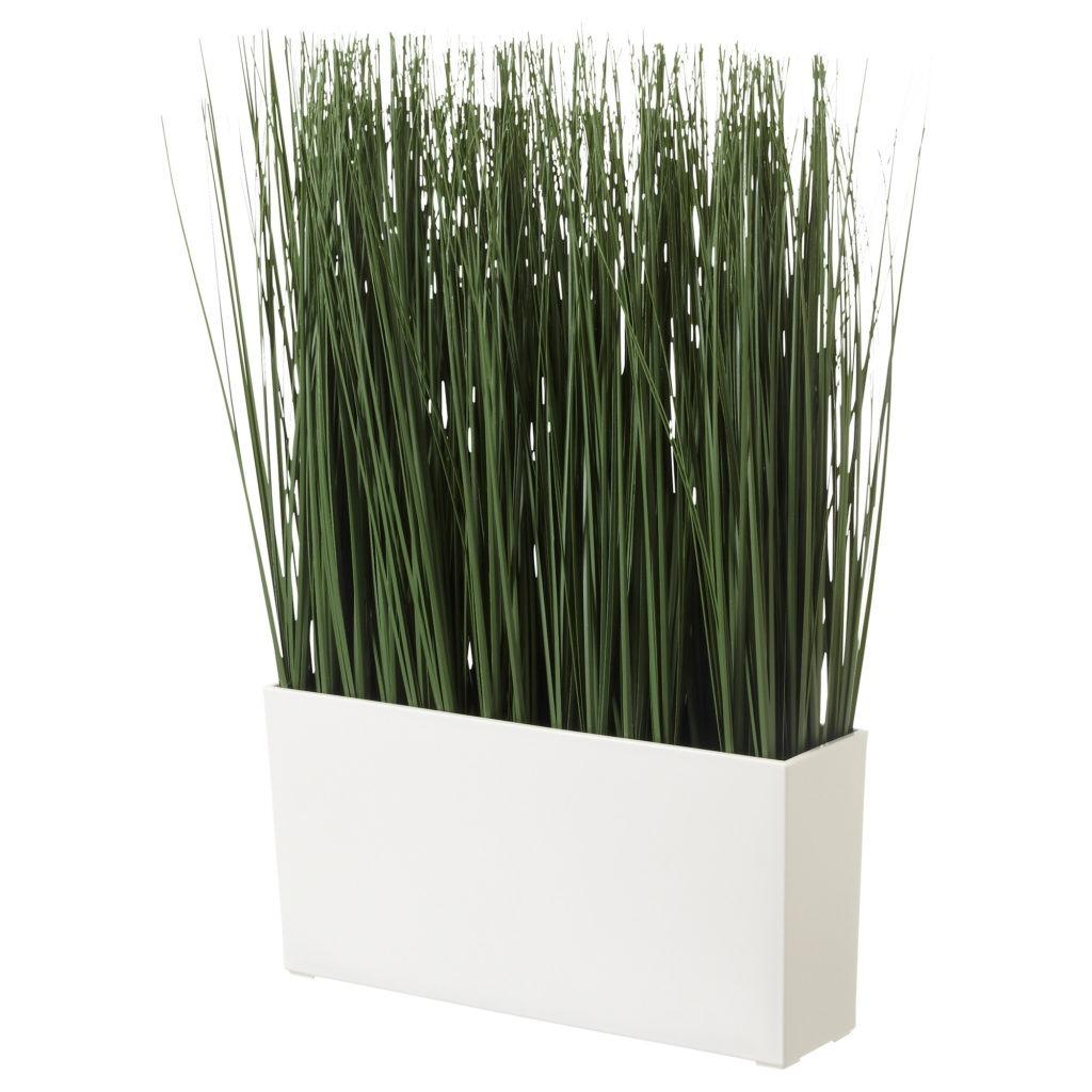 Красивая искусственная трава в кашпо